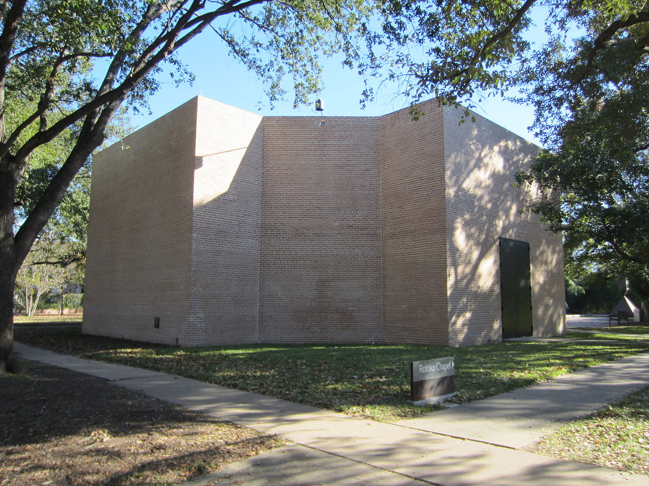 Rothko Chapel, Houston (by AnotheBeliever, CC)